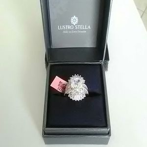 Premium cubic zirconia and sterling silver